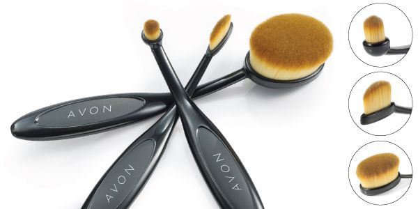 Beauty Expert Why oval makeup brushes are about to change the way you apply makeup!