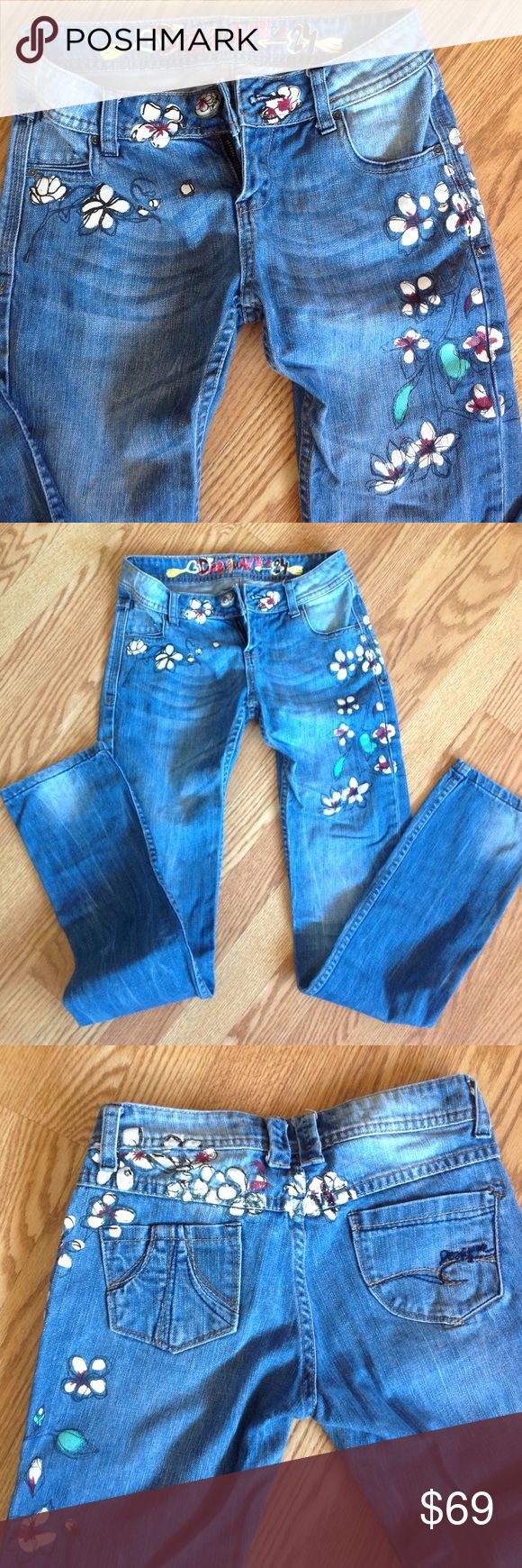 Desigual jeans with painted flowers Beautiful jeans with flowers painted on front and back. Lost weight and now they don't fit. Only worn 2xs. Desigual Jeans Straight Leg