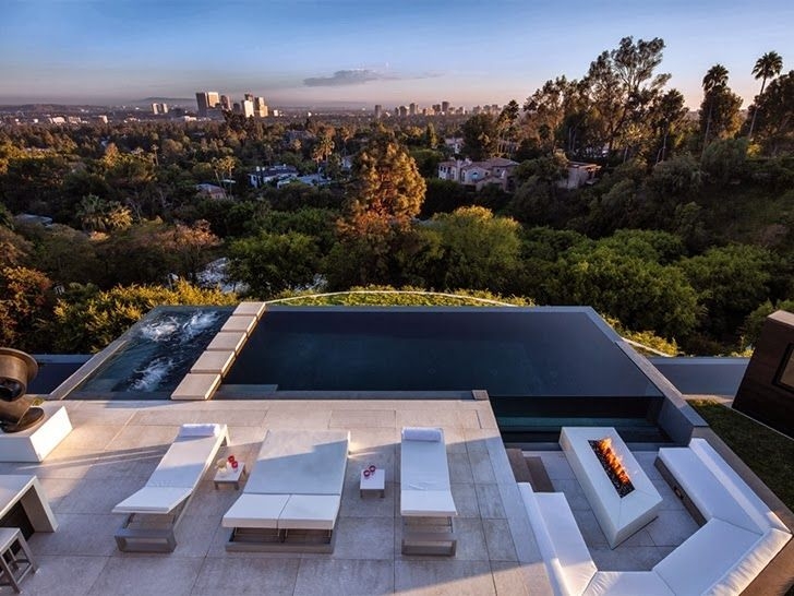 1201 Laurel Way-Cliff View Luxurious Modern Mansions in Beverly Hills California
