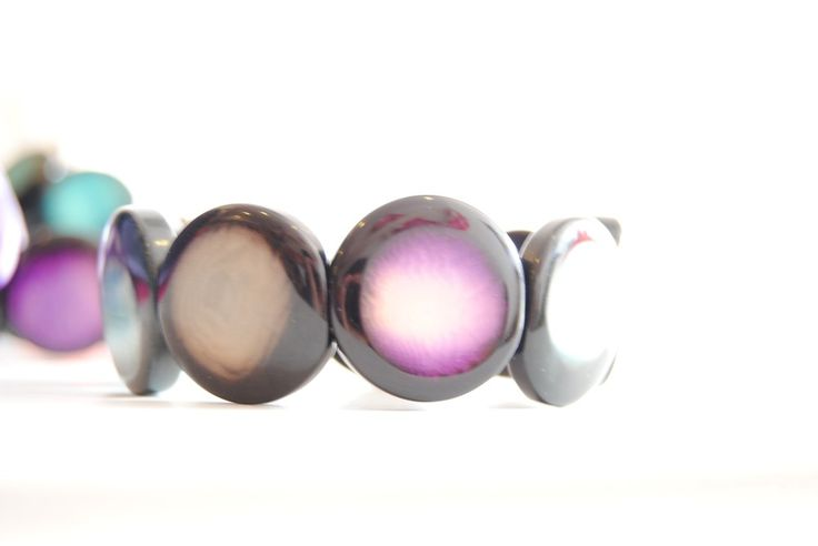 Tagua bracelet colour via Casa do Arco . Click on the image to see more!