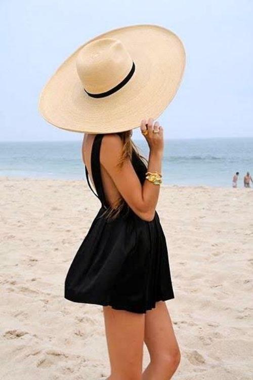black beach dress, sunhat