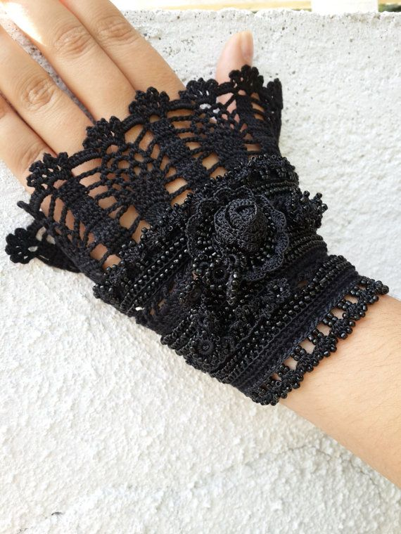 Crochet cuff Crochet bracelet Black and gray cuff by SESIMTAKI