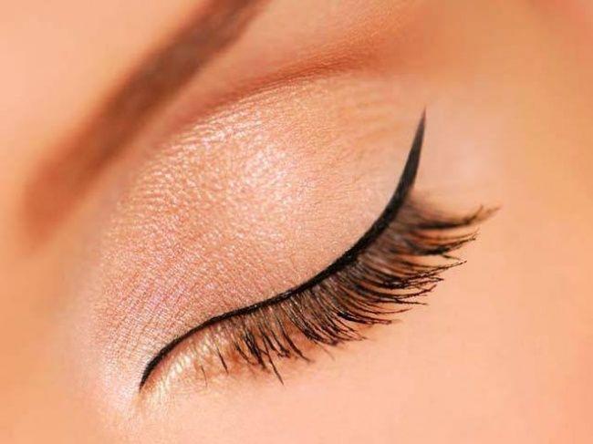 Badabun: 5 formas de delinear tus ojos. Mira por qué los hombres aman el #2