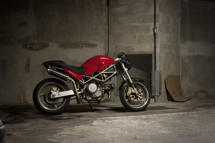 ducati monster 620 cafe racer | par FlyingSauceur