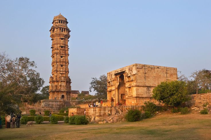 Historical Places To Visit - Chittorgarh Fort,India