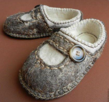 """Обувь ручной работы. Ярмарка Мастеров - ручная работа. Купить Тапки валяные домашние """"Уютные"""". Handmade. Обувь ручной работы"""