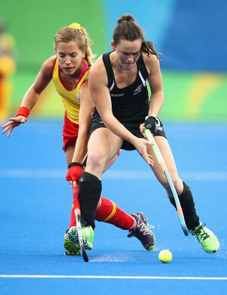 Kelsey Smith of New Zealand and Lucia Jimenez of Spain battle for the ball during the Women's Pool A Match between Spain and New Zealand on Day 5 of the Rio 2016 Olympic Games at the Olympic Hockey Centre on August 10, 2016 in Rio de Janeiro, Brazil.