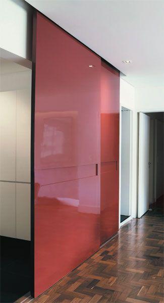 Área social integrada no apartamento quarentão - Casa