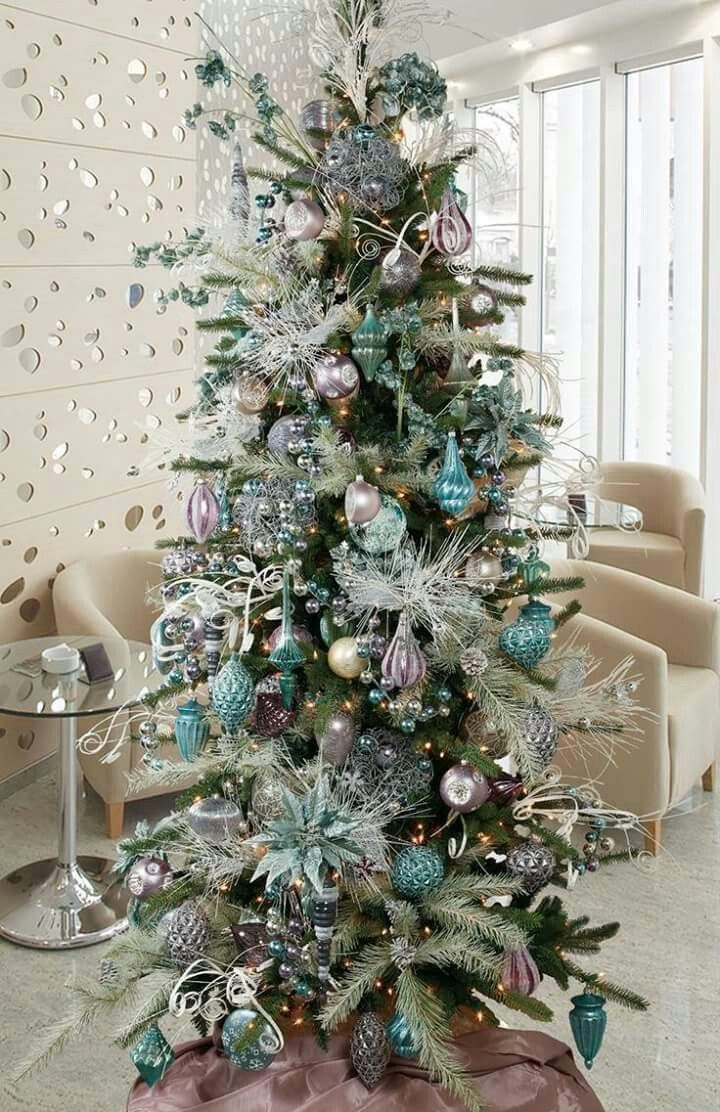 Trends to decorate your Christmas tree 2017 - 2018 Turquoise