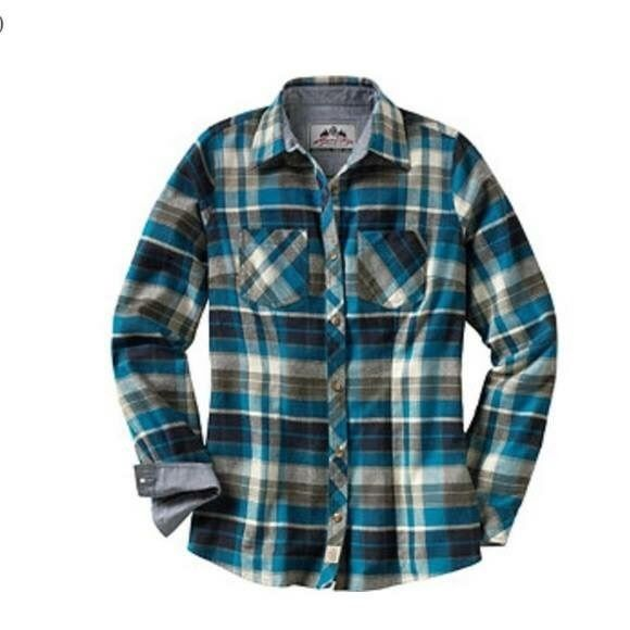 Ladies cottage escape flannel shirt. NWT Ocean blue plaid flannel 100% cotton. Never worn. Legendary Whitetails Tops Button Down Shirts