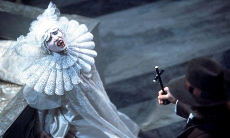 Sadie Frost in Bram Stoker's Dracula