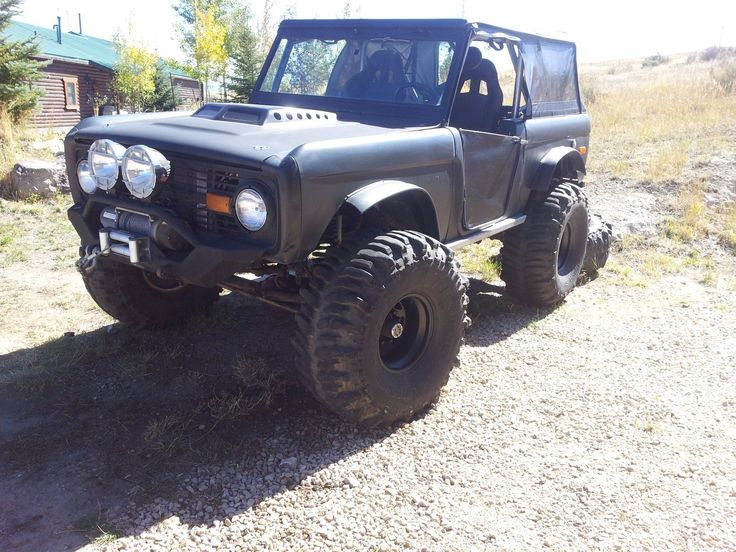 modified 1972 Ford Bronco monster