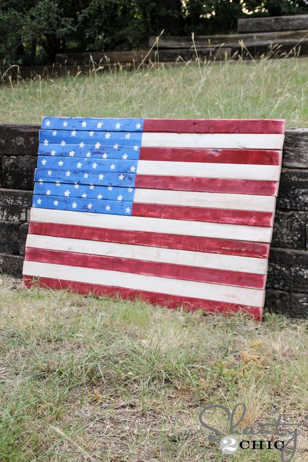 392 best images about let 39 s get crafty on pinterest tissue paper flowers sprays and letter - American flag pallet art ...