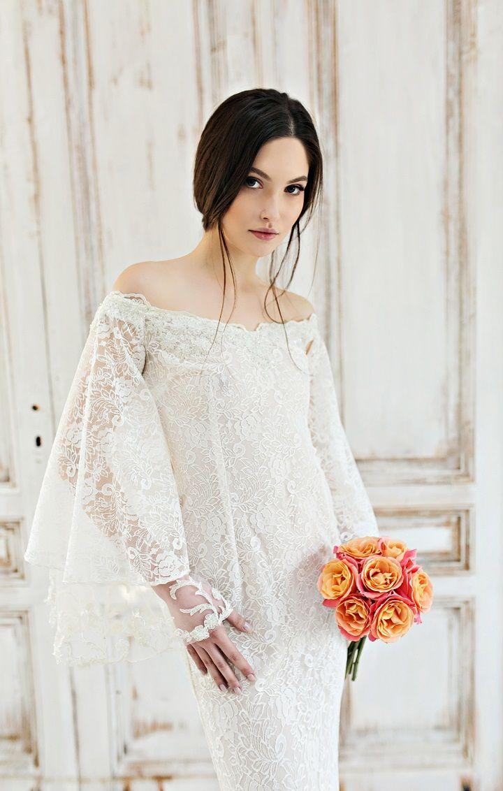Exquisite Off the shoulder Wedding Dresses | itakeyou.co.uk #wedding #weddingdress #weddingdresses #weddinggown #beautifulgown #exquisiteweddingdress