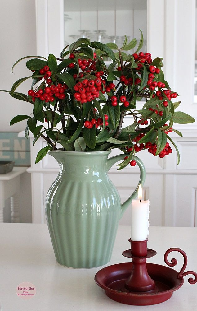 Ib Laursen Mynte 2016 Meadow Green candlestik candlestick red green flowers kitchen