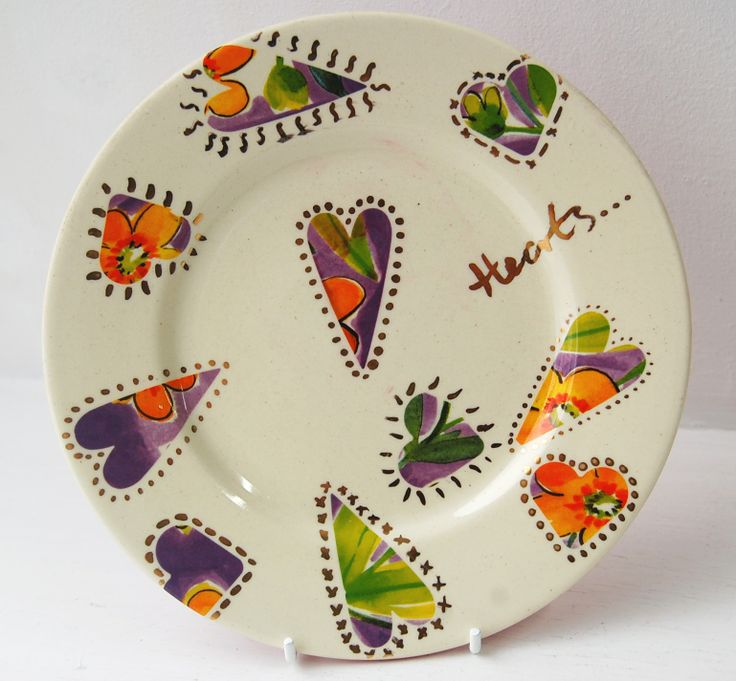 Heart decals on pottery paint your own plate keramik for Clay mural designs