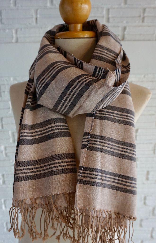 Handmade striped scarf - Grey