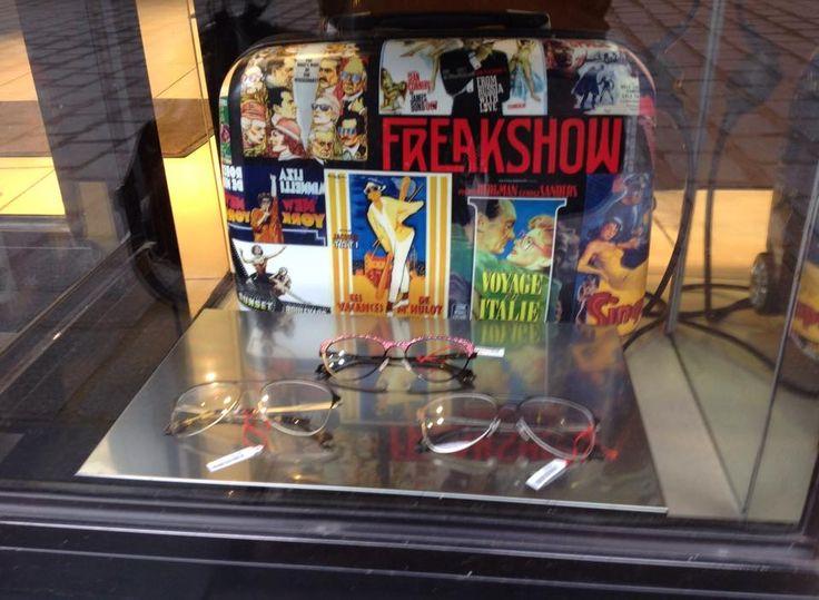 Quand National Optique combine les montures optique Freakshow et notre jolie valise...