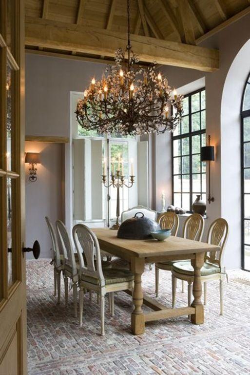 Best 25 belgian pearls ideas on pinterest belgian style for Interior decorating blogs