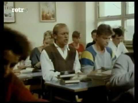 Jiri Korn & Vilem Cok - Karel nese asi caj - YouTube