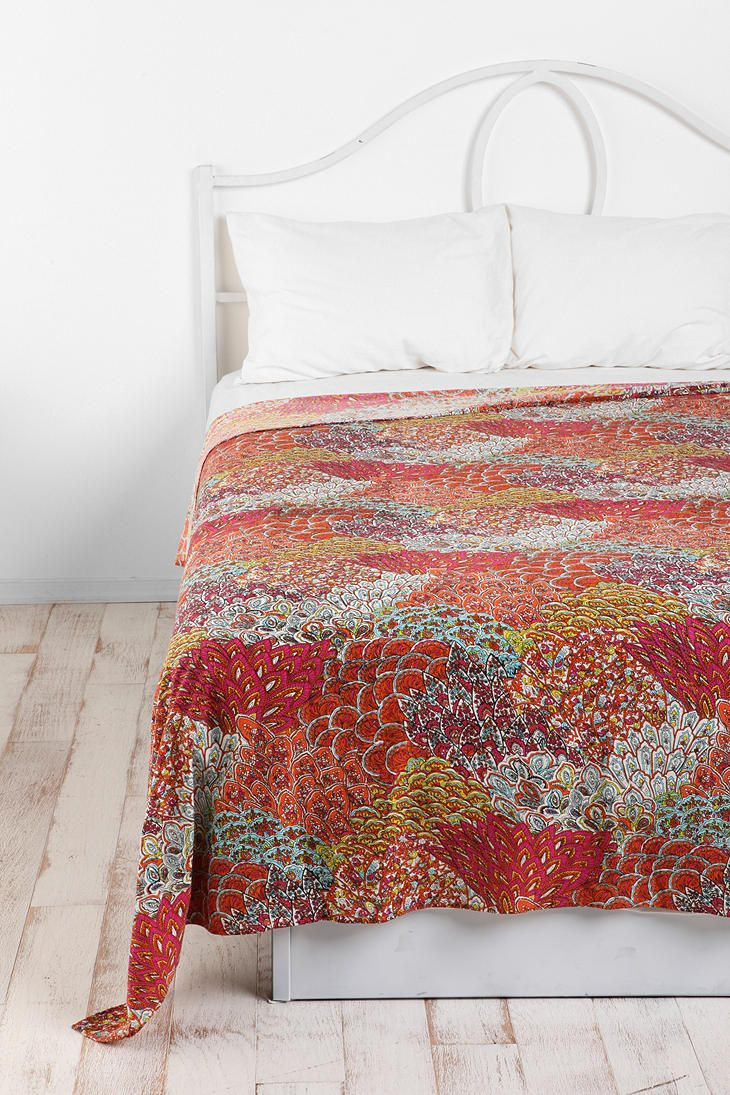 Bedding jardin collection bedding collections bed amp bath macy s - Maybe Really Simple Bedding With Fun Pillows And A Tapestry Laying Across Then I