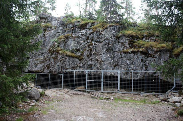 Karijoellla sijaitsevan Susiluolan iäksi on arvioitu yli 2,6 miljoonaa vuotta.