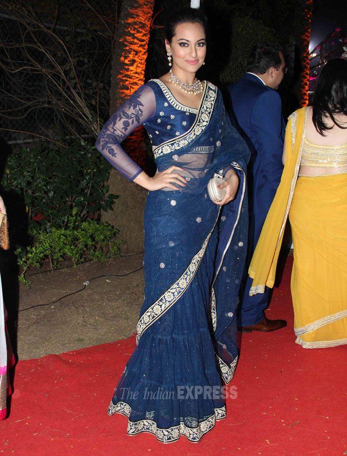 2 Feb, 14: Sonakshi in a Blue Lehenga Saree at Wedding Reception of Hema & Dharmendra's daughter Ahana & Vaibhav Vora