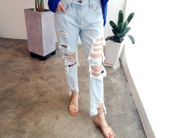 Casual Ripped Hollow Out Cropped Jeans_Jeans Denim Women Wholesale Clothing, Cheap Clothes Online, Discount Clothing Shop - UniWholersaler.com