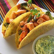 På 20 minuter kan du slänga ihop den här härliga skandinaviska varianten på tacos. Enkelt och jättegott!