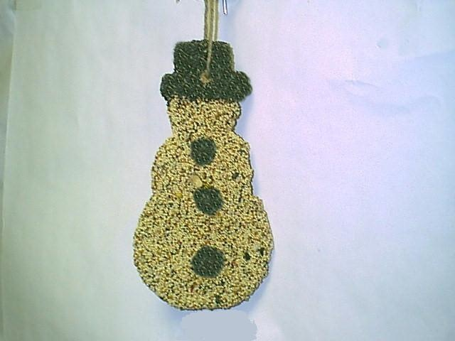 Edible Gingerbread Christmas Tree Decorations : Edible holiday ornaments covered in bird seed includes a