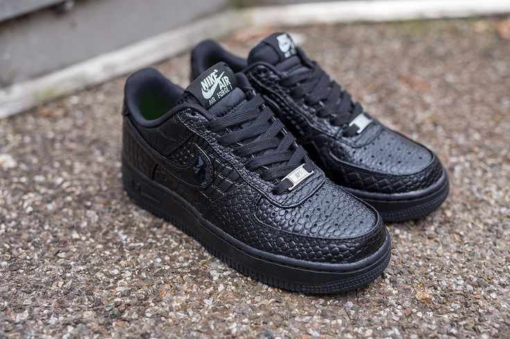 nike air force 1 07 premium black crocs