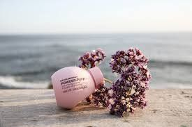 Suzanne's product crush is POWDER.PUFF by Love Kevin Murphy . If you need a poof of volume & texture, just sprinkle onto damp roots and you're ready to go! #junglered
