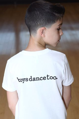 This is a boys' dance shirt that is perfect for any dance class.  Great for ballet uniform requirements.  This piece of boys' dance clothing...