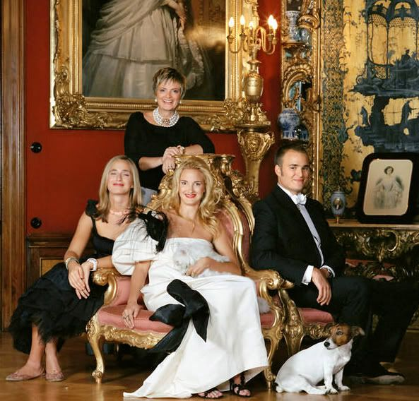 одно изображение современная жизнь итальянской аристократии фото писал выше