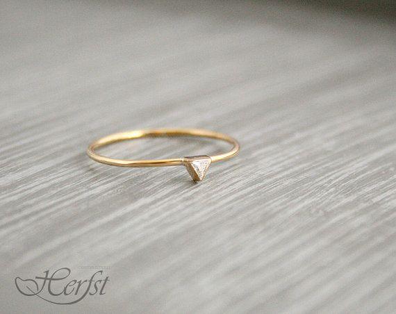 14 k Dreieck Diamant - Verlobungsring Diamant - Ring, 14k Gold, Handarbeit