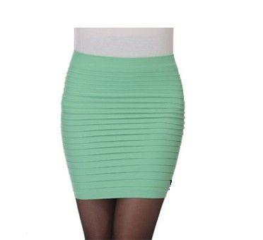 Krátká moderní dámská sukně světle zelená – dámské sukně Na tento produkt se vztahuje nejen zajímavá sleva, ale také poštovné zdarma! Využij této výhodné nabídky a ušetři na poštovném, stejně jako to udělalo již velké …