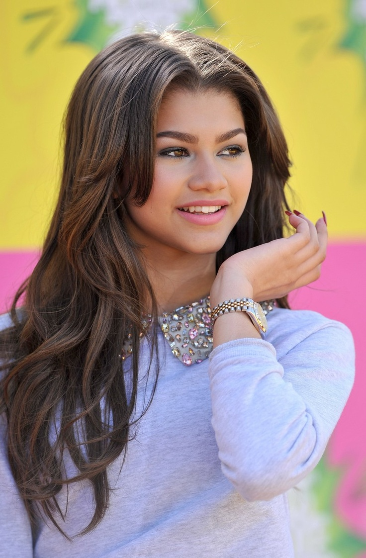 Zendaya Coleman  Serie: A Todo Ritmo Shake It Up (2010)