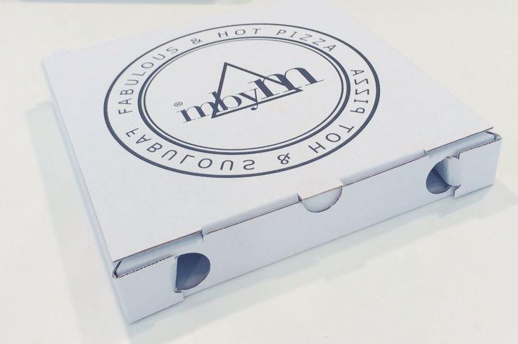 Small #mbyM pizza box