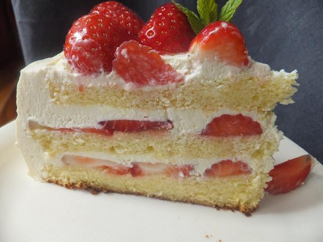 Strawberries and Cream Cake   Food Stop 2   Pinterest