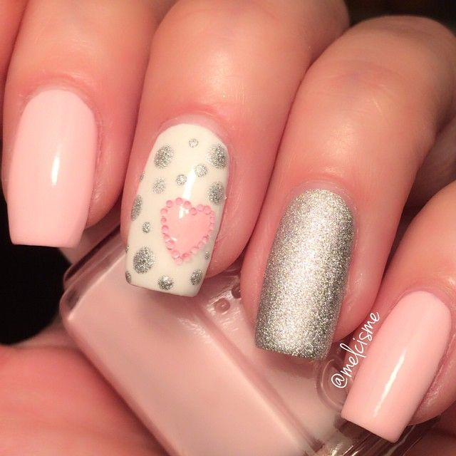 #ShareIG  @essiepolish Fiji & Blanc @opi_products This gown needs a crown