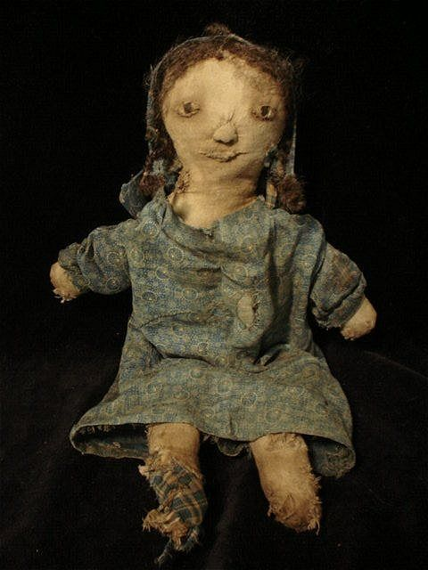 Eliza Stewart - Of CLOTH AND HAND  (I simply LOVE this doll !) Pat B.
