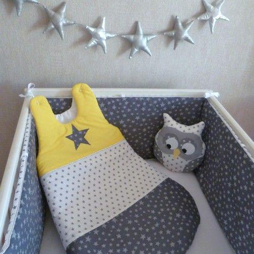 tour de lit et gigoteuse gris jaune citron argent
