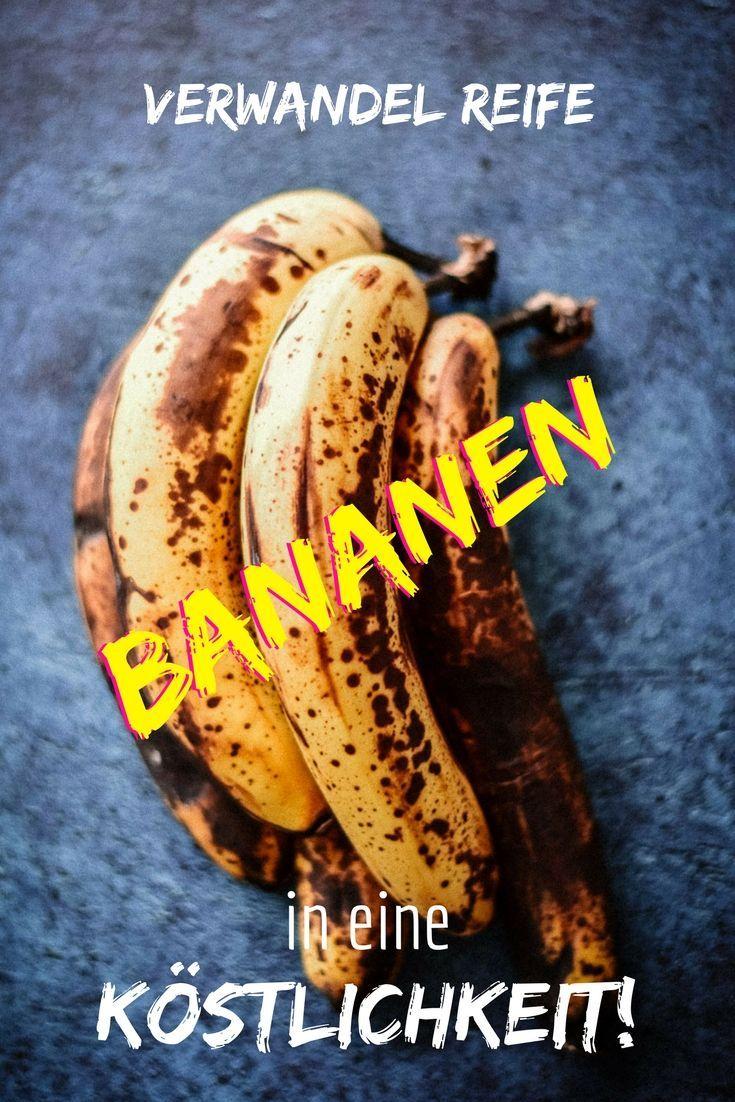 Es muss nicht immer Kuchen sein: Heute lümmelt sich ein saftiges Bananenbrot in unserem Backofen. Bananenbrot ist die Rettung für Bananen, die schon nicht mehr besonders ansehnlich sind, die man aber trotzdem nicht guten Gewissens einfach wegwerfen möchte. Für ein saftiges Bananenbrot sind genau diese Exemplare ideal!