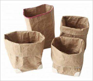 Corbeilles de papier recyclé    entre 12 et 21e
