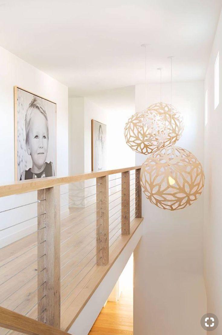 Billedrammer I Samme Trae Som Gelaender Og Sort Hvid Store Billeder Mit Bildern Bauernhaus Design Moderner Landhausstil Kalifornische Hauser