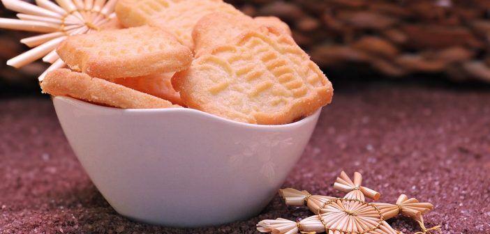 Przepyszne ciasteczka serowe polecają się na święta! To tylko trzy składniki (PRZEPIS)