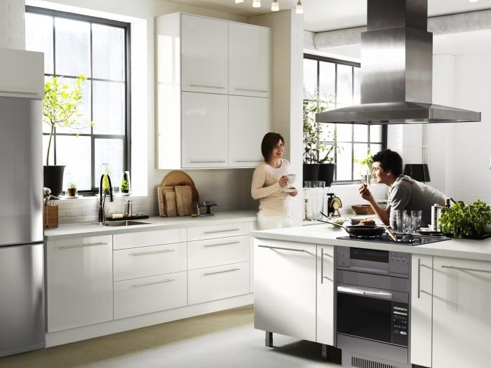Πάντα κάτι καλό ψήνεται στις κουζίνες της ΙΚΕΑ…