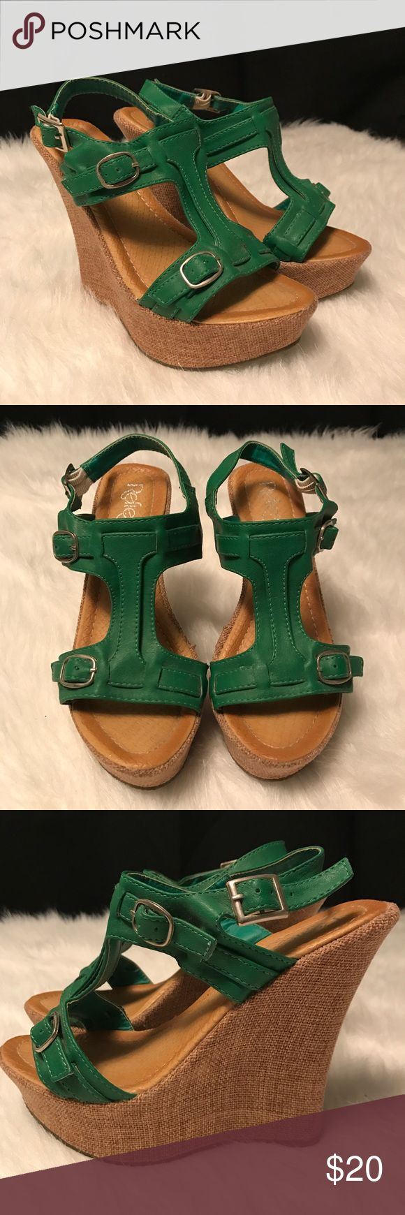 "Refresh by Beston wedges Refresh by Beston ""Fontini"" emerald green wedges in good used condition. Wedge is canvas covered. Some slight wear on the canvas area, shown in pictures. Size 7. refresh by beston Shoes Wedges"