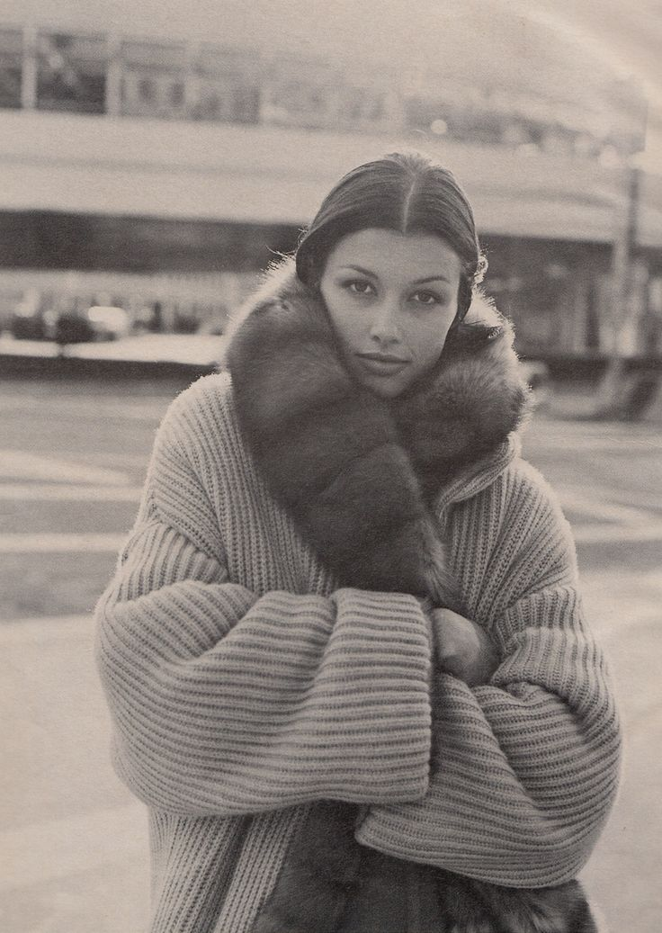 """Warm Front"", W US, October 1993Photographer : Bico StupakoffModel : Bridget Moynahan"
