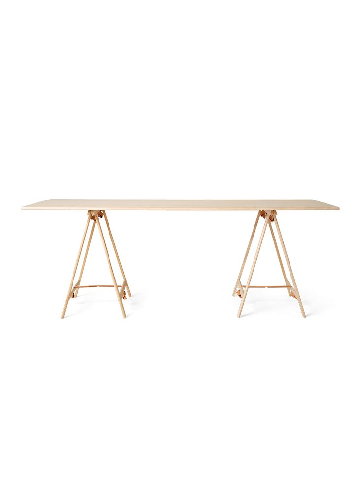Table_Cecilie Manz_Knot Trestle Table